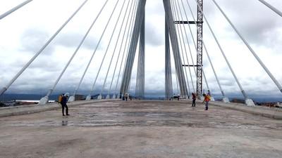 Nhà thầu trúng thầu sẽ xây dựng tuyến đường từ cầu Nhật Lệ 2 đến cầu Lệ Kỳ dài 760,05m và xây dựng mới cầu Lệ Kỳ. Ảnh: Văn Được