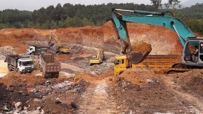 Cần đánh giá, thăm dò cụ thể về trữ lượng các mỏ khoáng sản trước khi đưa ra đấu giá quyền khai thác. Ảnh: Đỗ Phương