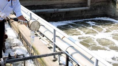 Gói thầu số 07: Cung cấp, lắp đặt thiết bị và chuyển giao công nghệ thuộc Dự án Trạm xử lý nước thải Khu công nghiệp Bờ trái sông Đà. Ảnh: Minh Xương