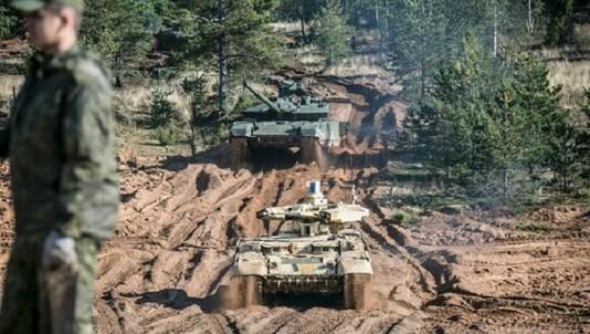Xe tăng, máy bay tối tân tham gia cuộc tập trận lớn nhất của Nga