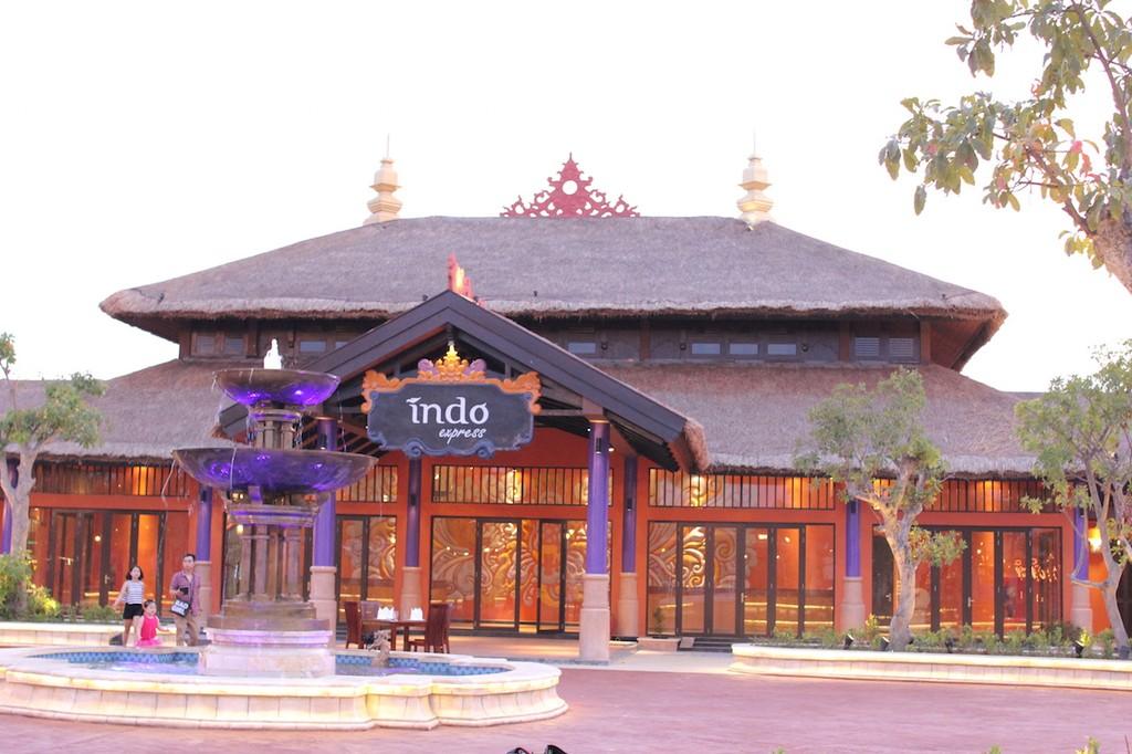 Điều đặc biệt của nhà hàng nằm giữa công viên Asia Park - ảnh 2