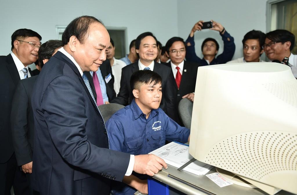 Thủ tướng thị sát Làng Đại học Đà Nẵng - ảnh 1