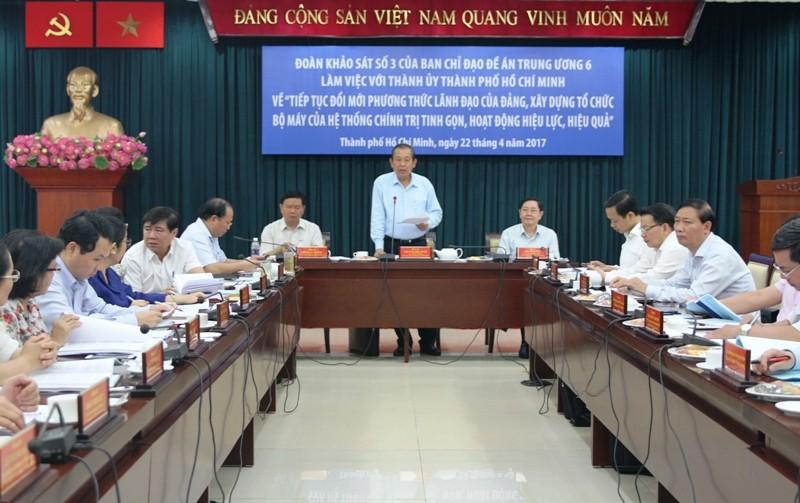 Phó Thủ tướng Thường trực Chính phủ Trương Hòa Bình phát biểu tại buổi làm việc. Ảnh VGP