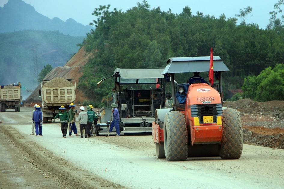 Quảng Ninh: Thay nhà thầu dự án cao tốc Hạ Long - Vân Đồn - ảnh 2