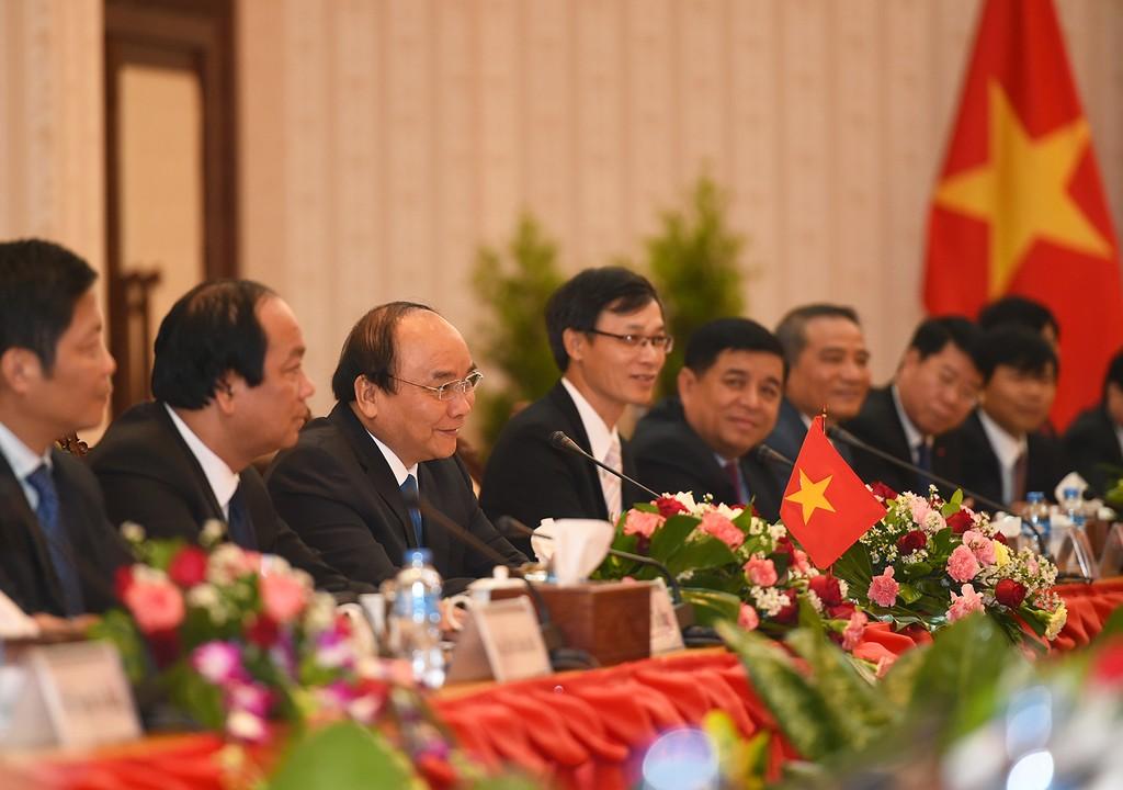 Thủ tướng Nguyễn Xuân Phúc hội đàm với Thủ tướng Lào - ảnh 1