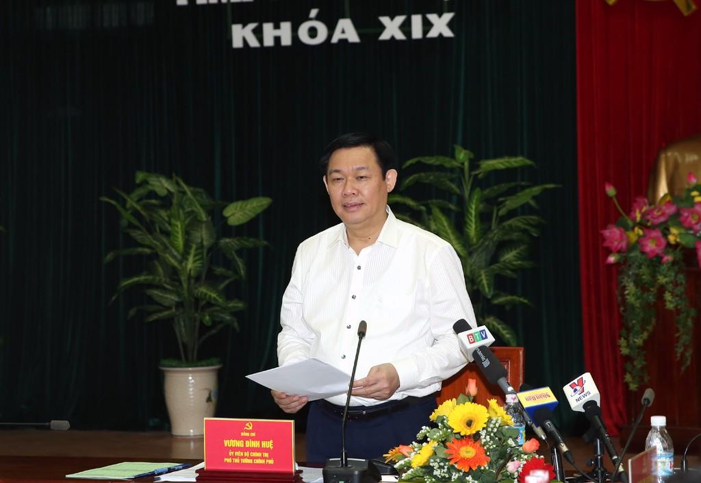 Phó Thủ tướng Vương Đình Huệ, Trưởng đoàn Kiểm tra số 471 của Bộ Chính trị đã dự Hội nghị công bố Quyết định kiểm tra công tác cán bộ tại tỉnh ủy Bình Định. Ảnh: VGP