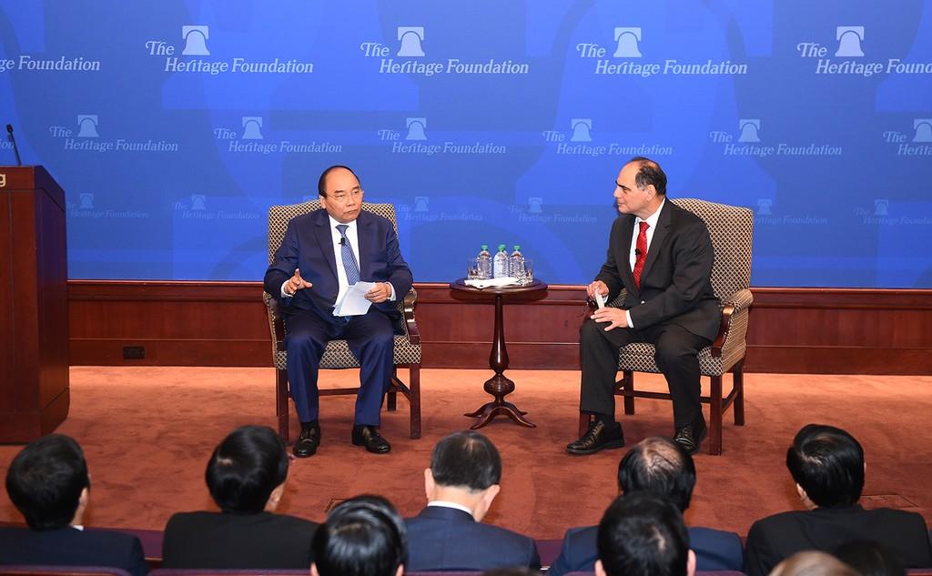 Thủ tướng Nguyễn Xuân Phúc thăm, phát biểu tại Viện Di sản, Hoa Kỳ - ảnh 2