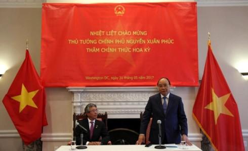 Thủ tướng Nguyễn Xuân Phúc phát biểu tại buổi gặp mặt