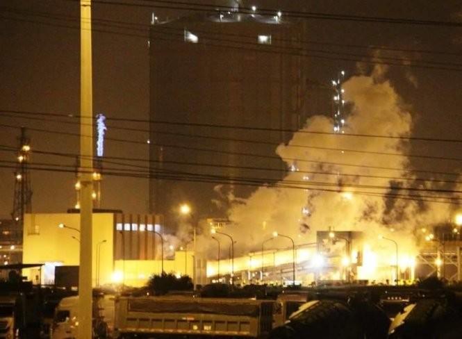 Vụ nổ tại Xưởng Lò vôi số 1 của Công ty TNHH Gang thép Hưng Nghiệp Formosa Hà Tĩnh. Ảnh: Báo Tuổi trẻ