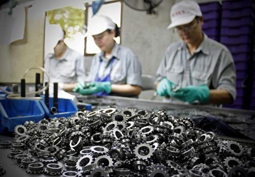 Phụ tùng là một trong số những mặt hàng xuất khẩu của Việt Nam sang Czech. Ảnh minh họa: TTXVN