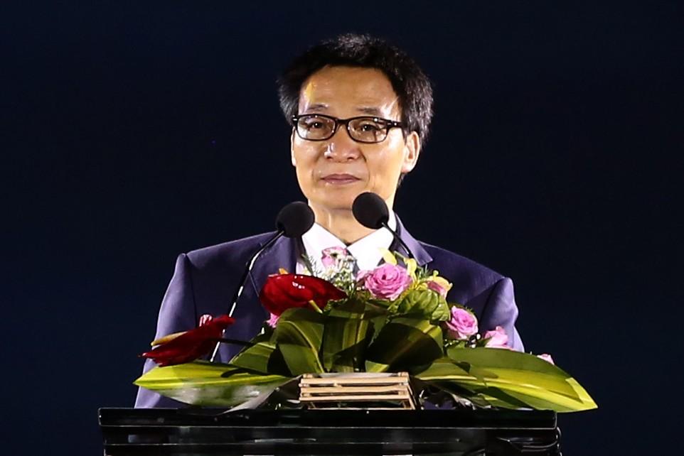 Phó Thủ tướng Vũ Đức Đam phát biểu khai mạc Festival Biển Nha Trang-Khánh Hòa 2017. Ảnh: VGP