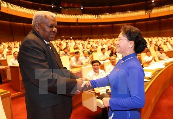Chủ tịch Quốc hội Nguyễn Thị Kim Ngân và Chủ tịch Quốc hội Cuba Esteban Lazo Hernandez. Ảnh: TTXVN