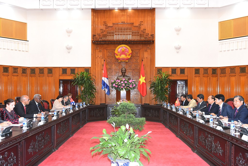 Thủ tướng tiếp Chủ tịch Quốc hội Cuba - ảnh 1