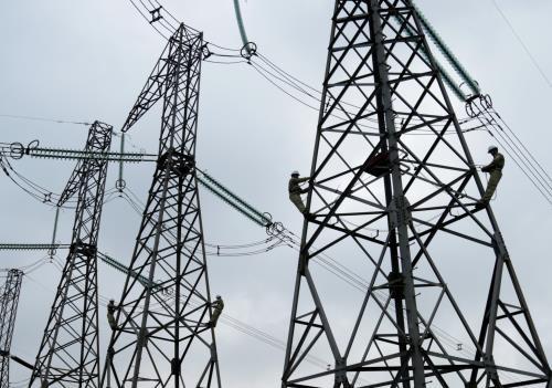 Hệ thống 500 kV Bắc - Nam duy trì truyền tải cao. Ảnh minh họa: TTXVN