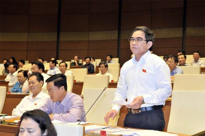 Toàn cảnh Bộ trưởng Nguyễn Ngọc Thiện trả lời chất vấn - ảnh 1