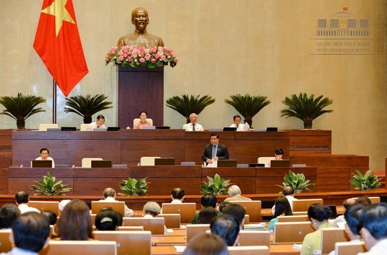Toàn cảnh Bộ trưởng Nguyễn Chí Dũng trả lời chất vấn - ảnh 3