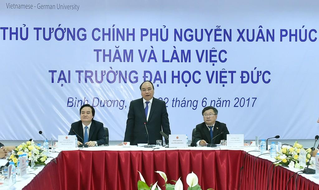 Thủ tướng Nguyễn Xuân Phúc phát biểu tại buổi làm việc với Đại học Việt-Đức. Ảnh: VGP