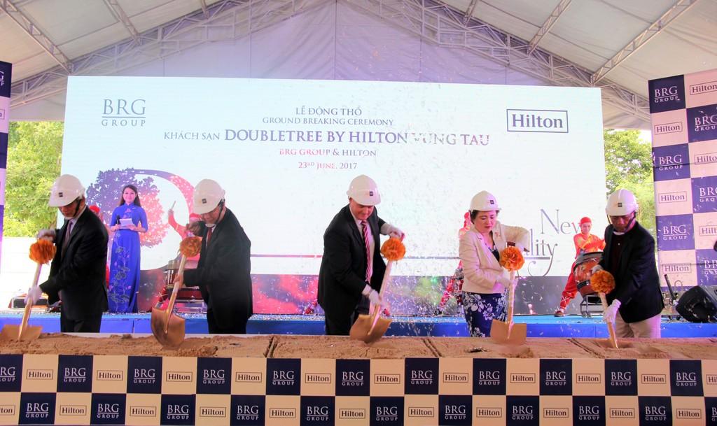 Nghi thức động thổ KS DoubleTree by Hilton Vũng Tàu.