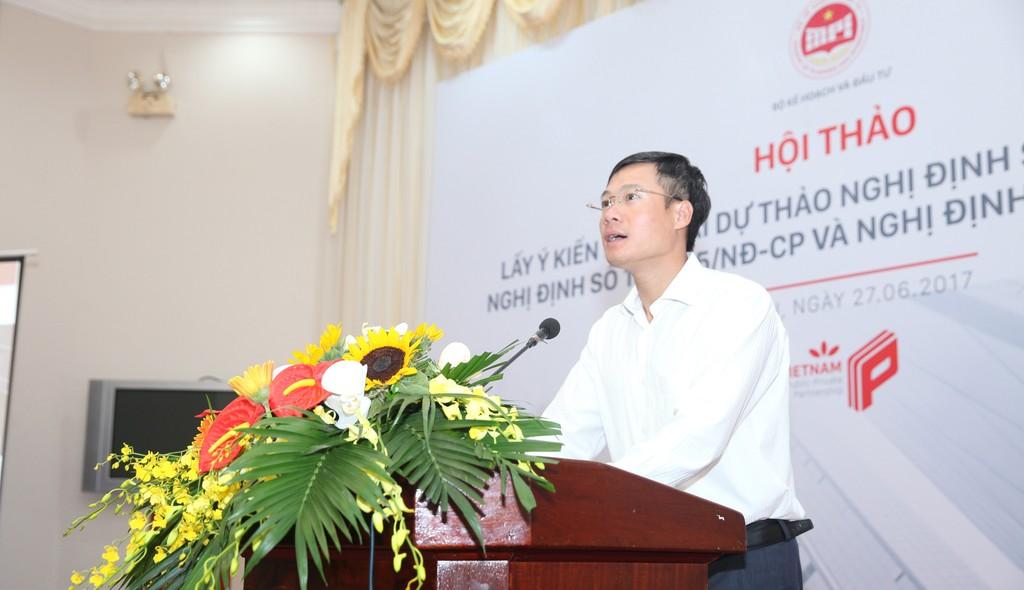 Cục trưởng Cục quản lý Đấu thầu Nguyễn Đăng Trương phát biểu tại hội thảo. Ảnh: Nguyệt Minh