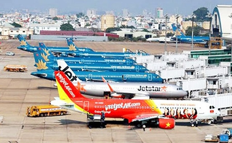 Vẫn còn 14.585 chuyến bay bị chậm, hủy