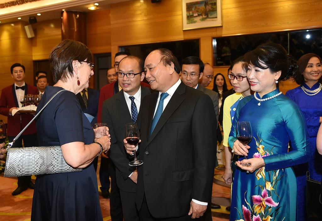 Thủ tướng: Việt Nam sẽ luôn là người bạn chân thành, đối tác tích cực, tin cậy, trách nhiệm - ảnh 4