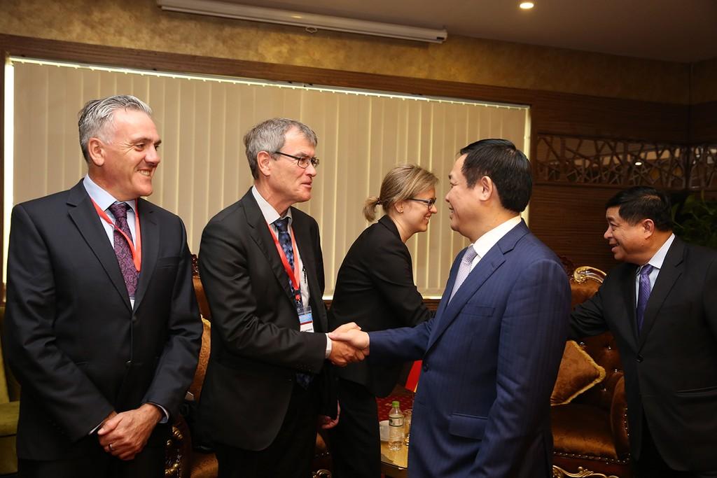 CHLB Đức quan tâm hỗ trợ bảo vệ môi trường bờ biển ở Việt Nam - ảnh 1