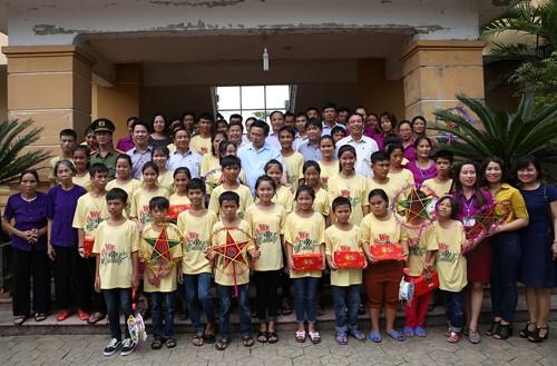 Phó Thủ tướng Vương Đình Huệ động viên nhân dân vùng bão - ảnh 2