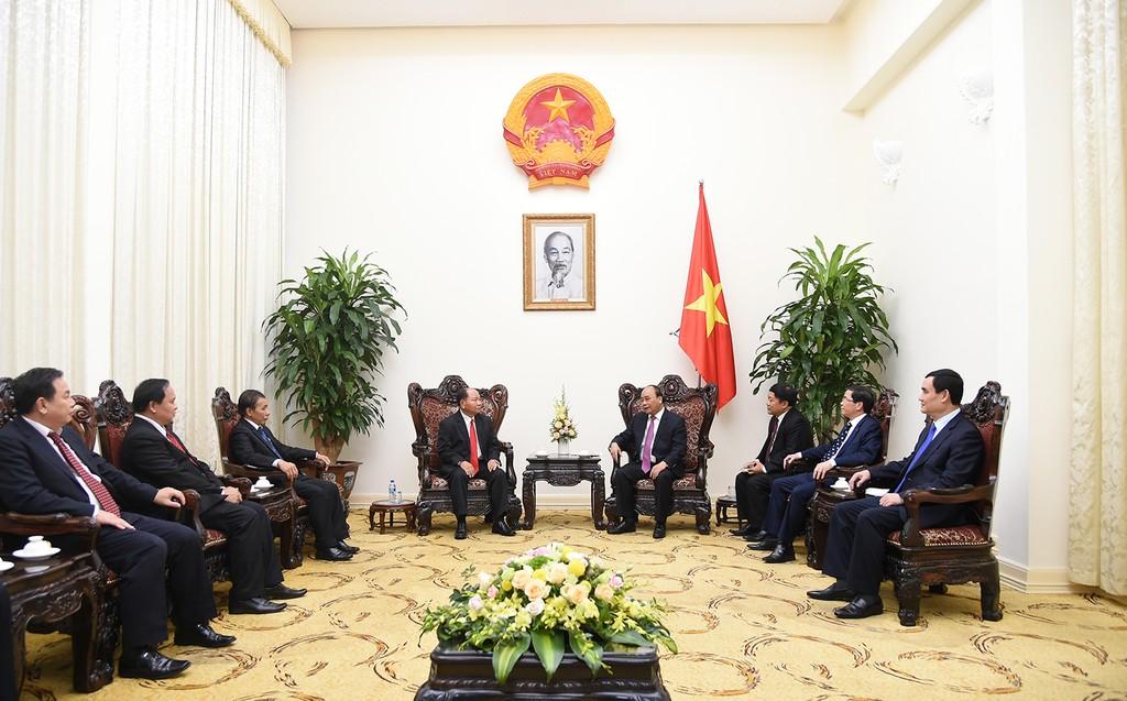 Thủ tướng Nguyễn Xuân Phúc tiếp Bộ trưởng Nội vụ Lào - ảnh 1