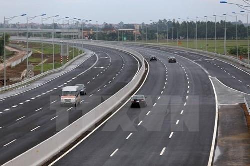 Dự án đường bộ cao tốc Bắc Nam sẽ được phân kỳ đầu tư. Ảnh minh họa: TTXVN