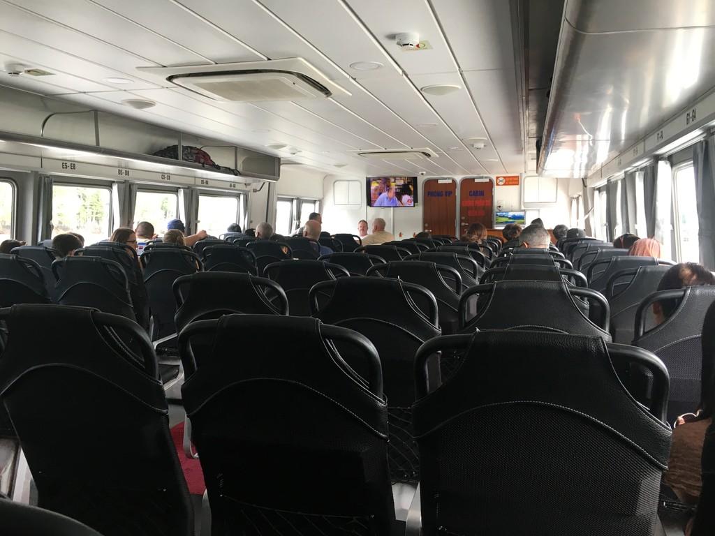 Phát triển đường thuỷ để 'cứu nguy' cho cao tốc TPHCM-Long Thành-Dầu Giây - ảnh 1