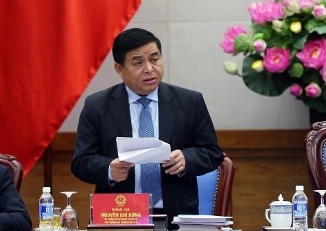 Bộ trưởng Bộ KH&ĐT Nguyễn Chí Dũng phát biểu tại hội nghị. Ảnh: VGP