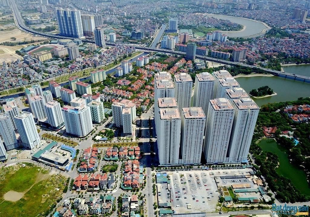 """Khu đô thị kiểu mẫu Linh Đàm (Hoàng Mai, Hà Nội) bị """"băm nát"""" bởi những tòa nhà cao tầng xây dựng mật độ dày đặc."""