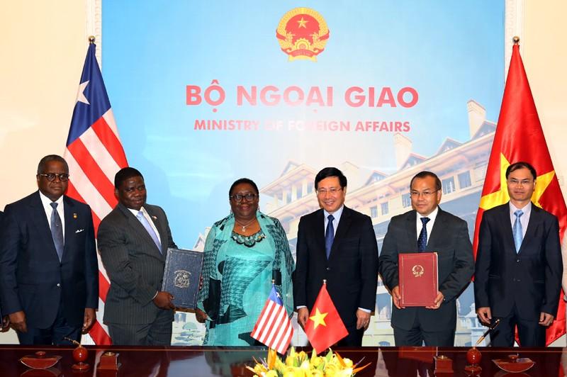 Việt Nam coi trọng phát triển quan hệ hữu nghị với Liberia - ảnh 2