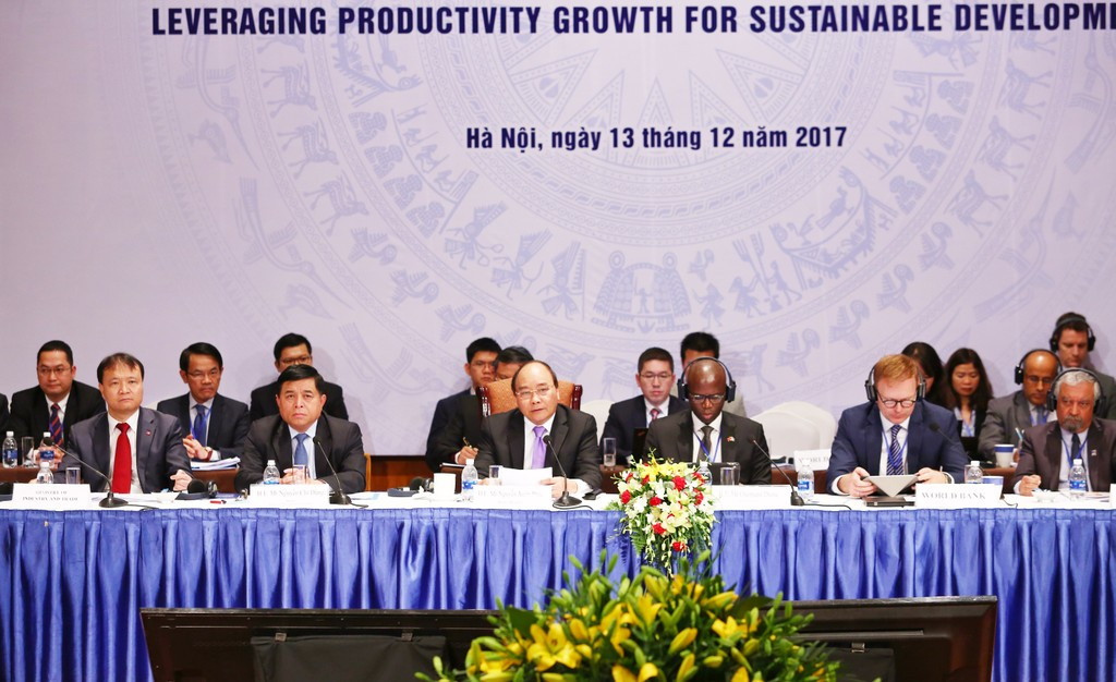 Thủ tướng Nguyễn Xuân Phúc tham dự và phát biểu tại Diễn đàn VDF 2017. Ảnh: Lê Tiên