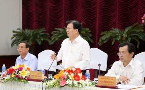 Phó Thủ tướng Trịnh Đình Dũng đề nghị Bình Thuận tập trung đi sâu vào các lĩnh vực thế mạnh, nhất là năng lượng, ưu tiên năng lượng sạch. Ảnh: VGP