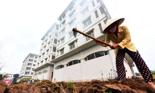 Ba tòa nhà tái định cư tại Hà Nội gần đây được đề xuất phá bỏ do không có ai đến ở.