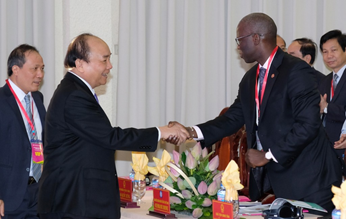Thủ tướng dự Hội nghị xúc tiến đầu tư tỉnh Đồng Tháp - ảnh 1