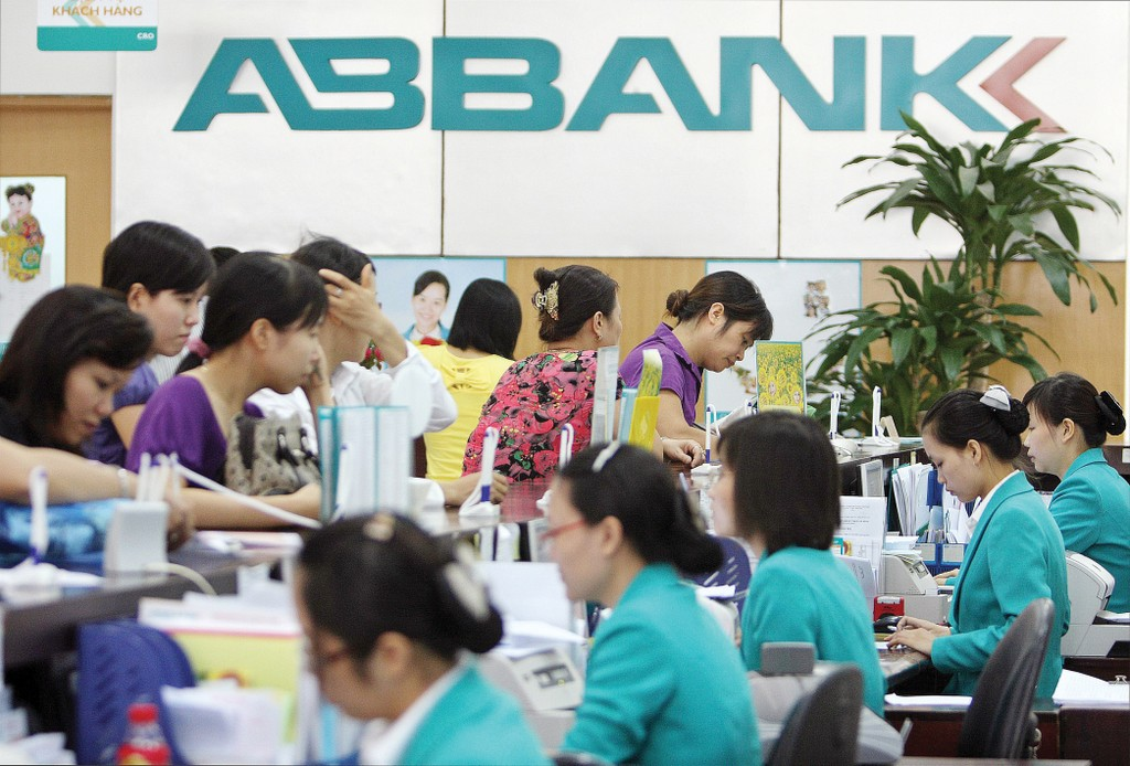 ABBANK đặt mục tiêu tăng gấp bốn lần tổng cho vay đối với các DNVVN do phụ nữ làm chủ trong 5 năm tới. Ảnh: Tường Lâm