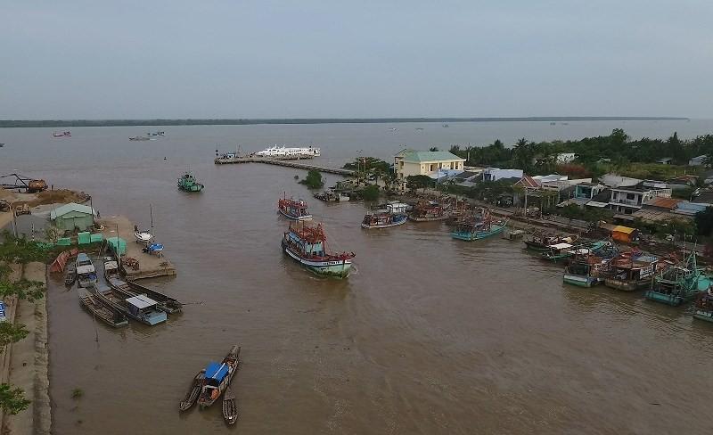 Phó Thủ tướng Trịnh Đình Dũng kiểm tra, đôn đốc ứng phó bão - ảnh 1