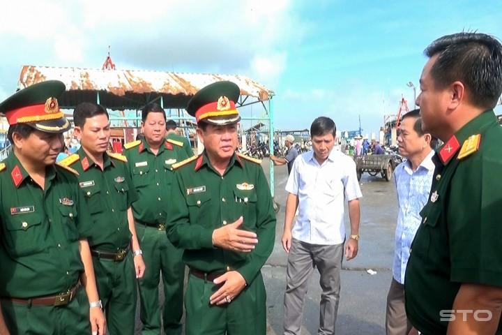 Phó Thủ tướng Trịnh Đình Dũng kiểm tra, đôn đốc ứng phó bão - ảnh 5