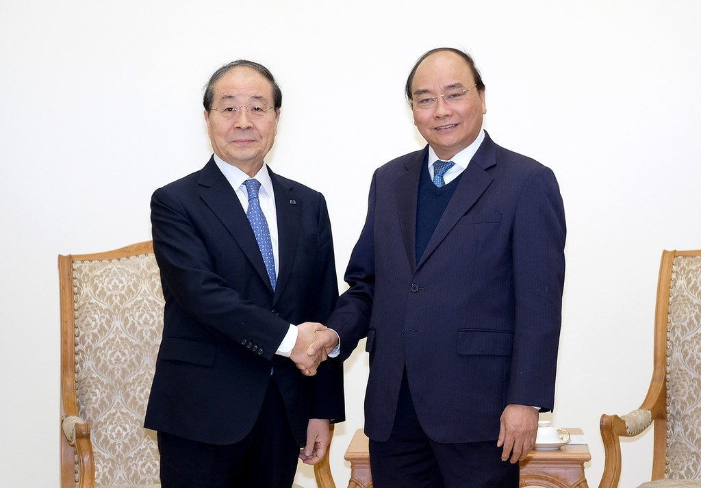 Thủ tướng Nguyễn Xuân Phúc tiếp ông Choi Young Joo, Chủ tịch Hội Hữu nghị Hàn Quốc-Việt Nam, Chủ tịch Tập đoàn Panko. Ảnh: VGP