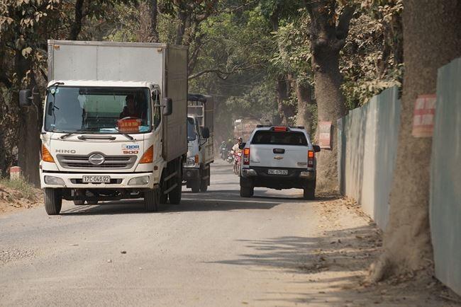 Tại quận Nam Từ Liêm, sẽ có một tuyến đường gồm 2 làn xe, rộng 7m và tuyến đường còn lại gồm 4 làn xe chạy, rộng 14m.
