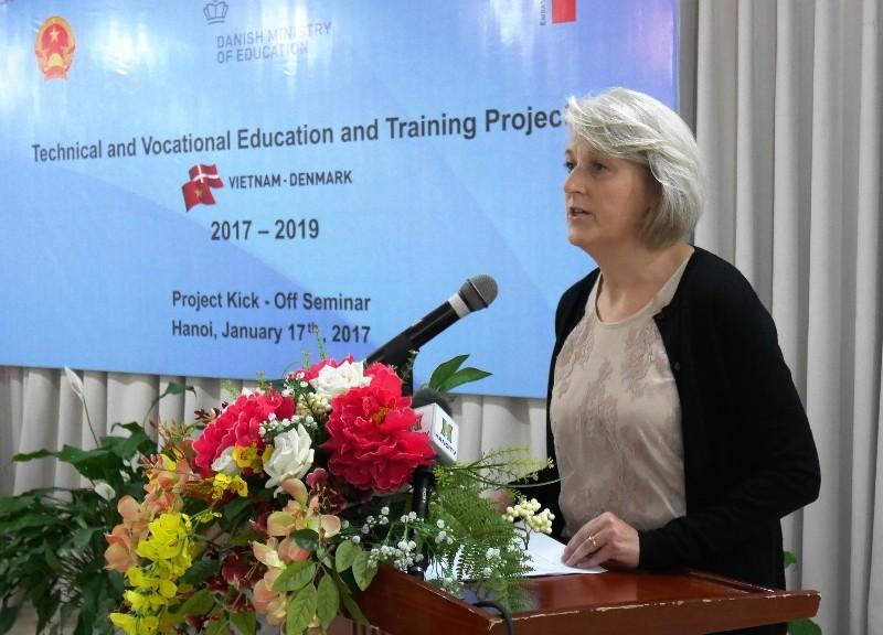 Đại sứ đặc mệnh toàn quyền Vương quốc Đan Mạch tại Việt Nam Charlotte Laursen phát biểu tại Hội thảo khởi động Dự án hợp tác đào tạo nghề Việt Nam - Đan Mạch. Ảnh Internet
