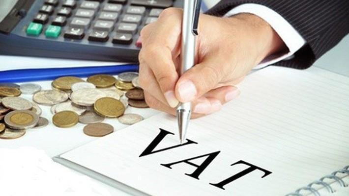 Bộ Tài chính bỏ đề xuất đánh thuế VAT sang tên sổ đỏ.