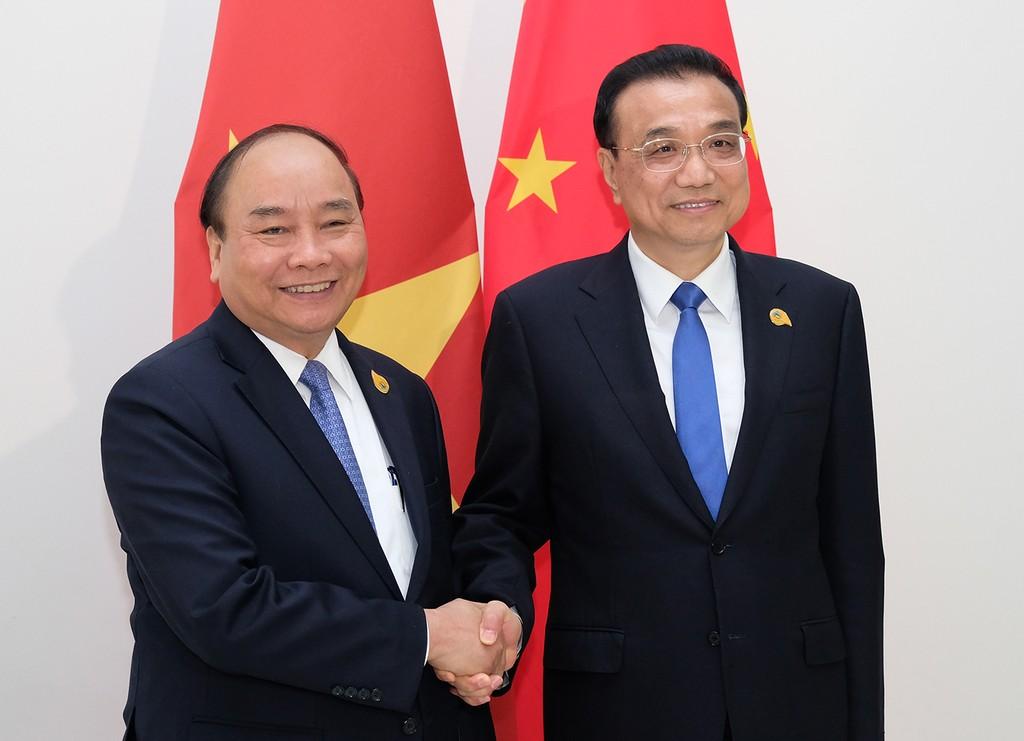 Thủ tướng Chính phủ Nguyễn Xuân Phúc và Thủ tướng Quốc Vụ viện Trung Quốc Lý Khắc Cường. Ảnh: VGP