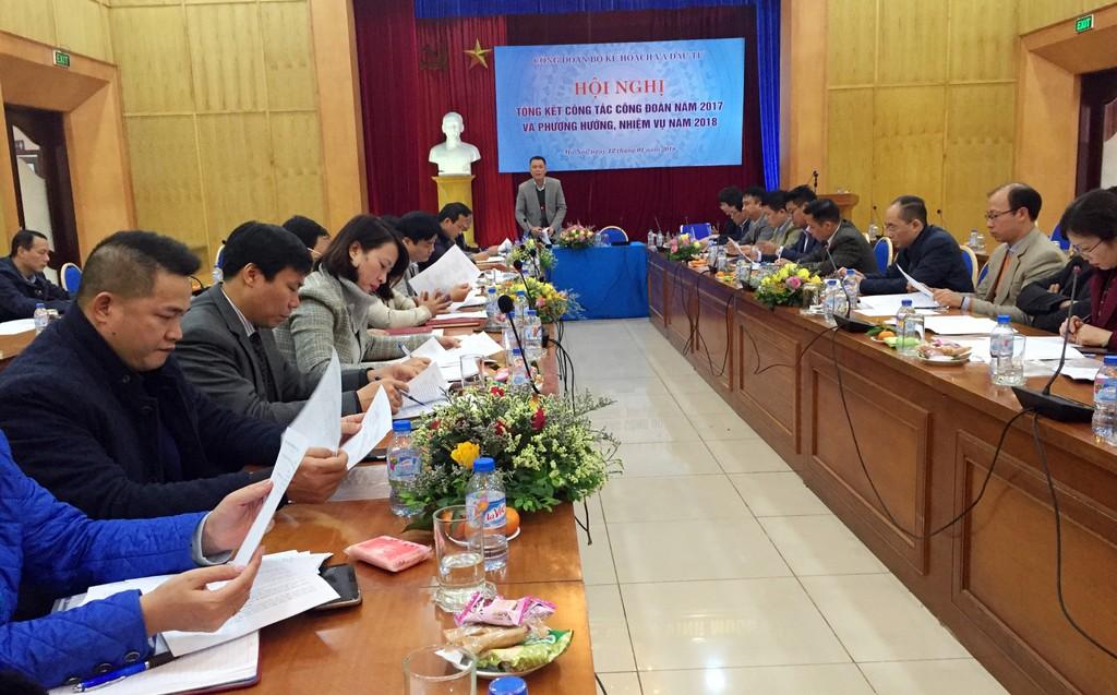 Ông Lê Thành Quân, Chủ tịch Công đoàn Bộ KH&ĐT phát biểu tại hội nghị. Ảnh: Bích Thảo