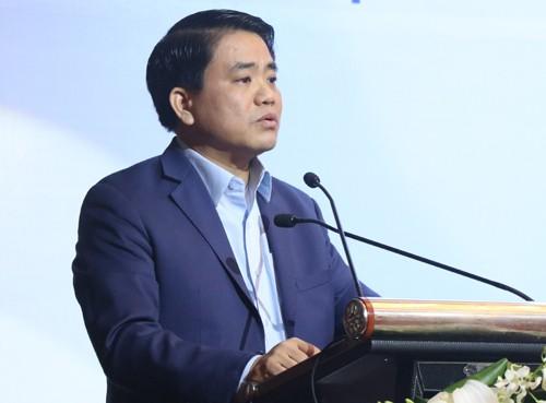 Chủ tịch UBND TP Hà Nội Nguyễn Đức Chung phát biểu tại hội thảo về cây xanh, hồ nước sáng 13/1.