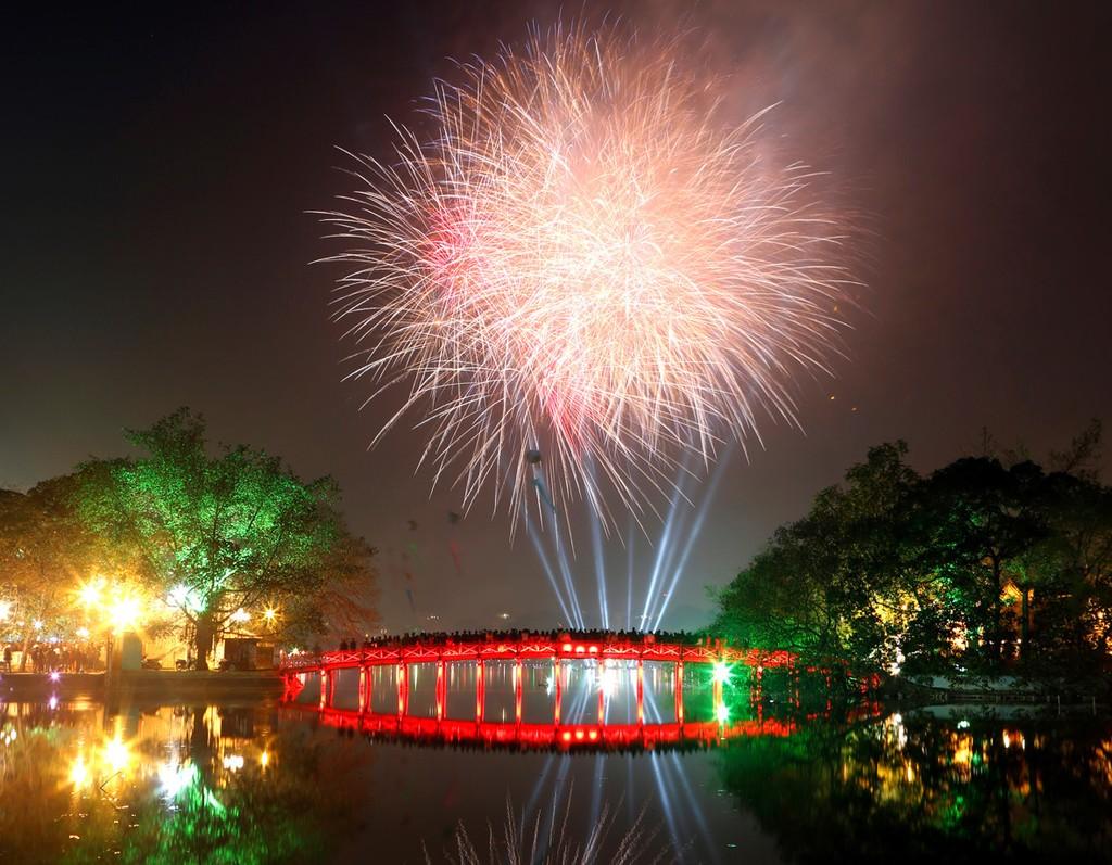 Hà Nội chốt 30 điểm bắn pháo hoa đêm giao thừa