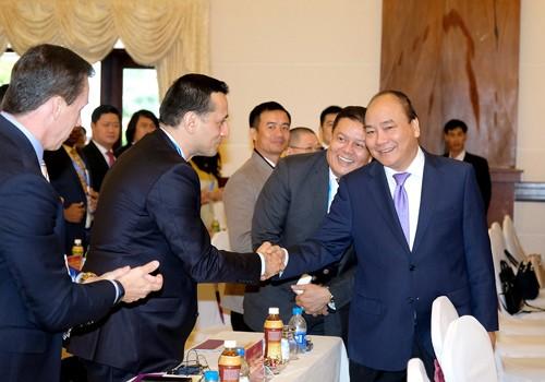 Thủ tướng Nguyễn Xuân Phúc dự Hội nghị xúc tiến đầu tư tỉnh Phú Yên. Ảnh: VGP