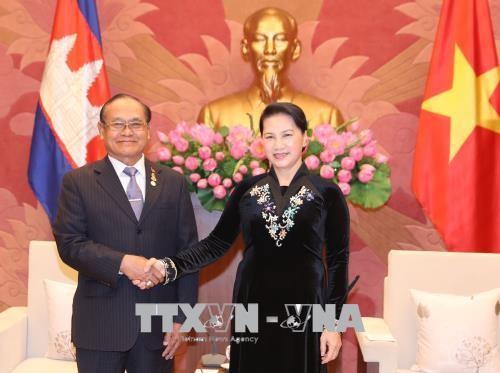 Chủ tịch Quốc hội Nguyễn Thị Kim Ngân tiếp Phó Chủ tịch Thượng viện Campuchia TEP Ngorn